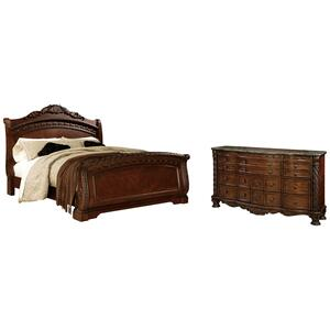 Queen Sleigh Bed With Dresser