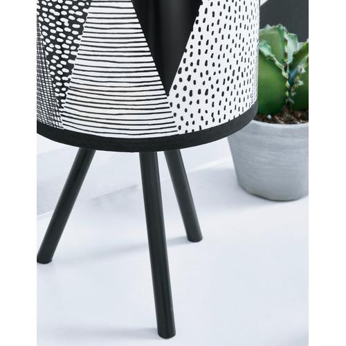 Manu Table Lamp