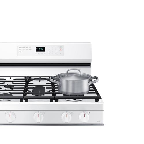 Samsung - 6.0 cu. ft. Smart Freestanding Gas Range with Integrated Griddle in White
