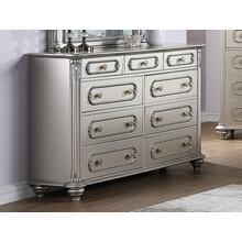 Amika Dresser, Silver