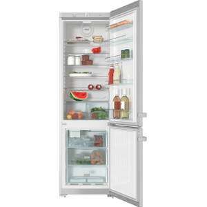 Freestanding fridge-freezer with convenient interior cabinet and IceMaker for fresh ice cubes any time. Product Image