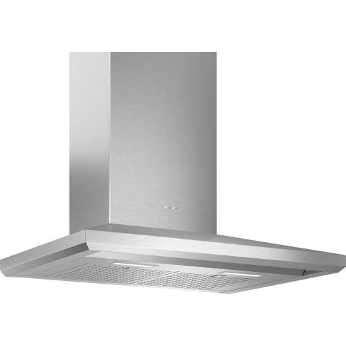 30-Inch Masterpiece® Pyramid Chimney Wall Hood with 600 CFM