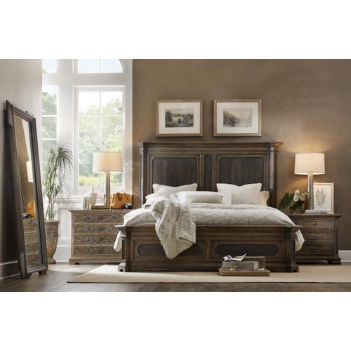 Woodcreek California King Mansion Bed
