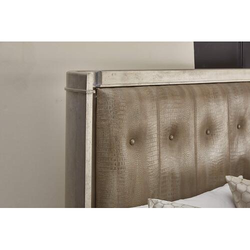 Morrissey Lloyd Upholstered Shelter California King Bed Bezel