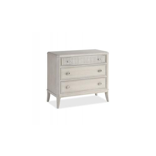 La Scala Bachelor Chest