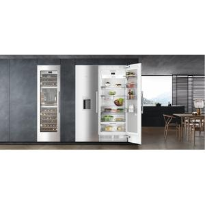 K 2801 SF MasterCool refrigerator For high-end design and technology on a large scale.