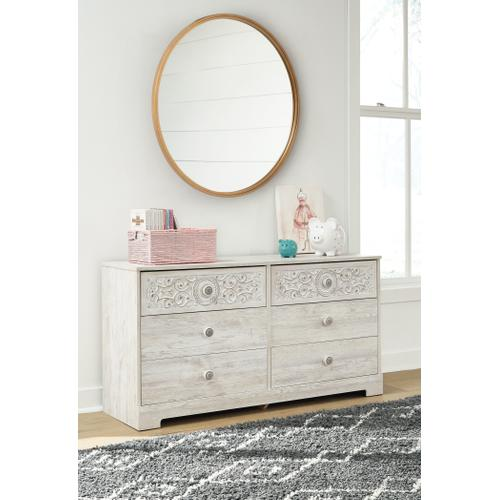Signature Design By Ashley - Paxberry Dresser