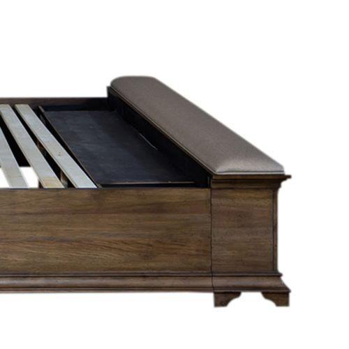 Liberty Furniture Industries - King Bench Storage Footboard