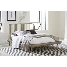 Spindle King Platform Bed