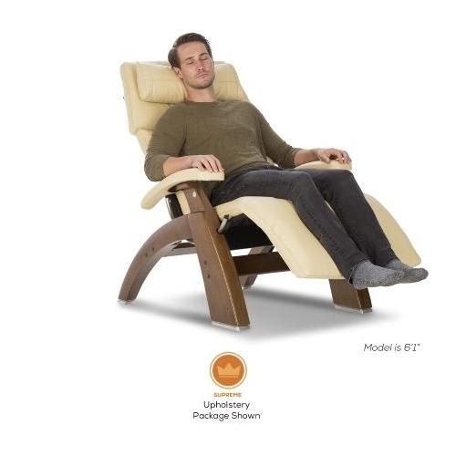 Human Touch - Perfect Chair ® PC-420 Classic Manual Plus - Walnut - Cognac Premium Leather