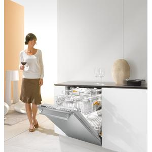 Miele - Fully-Integrated, Full-size Dishwasher