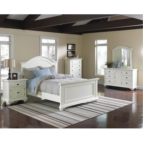Brookpine White Queen Panel Bed White