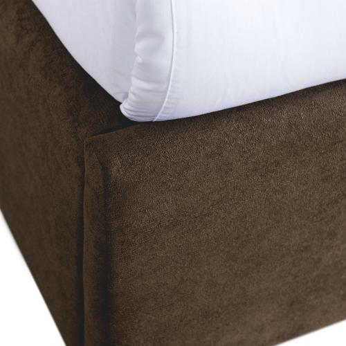 Magnolia King Upholstered Bed