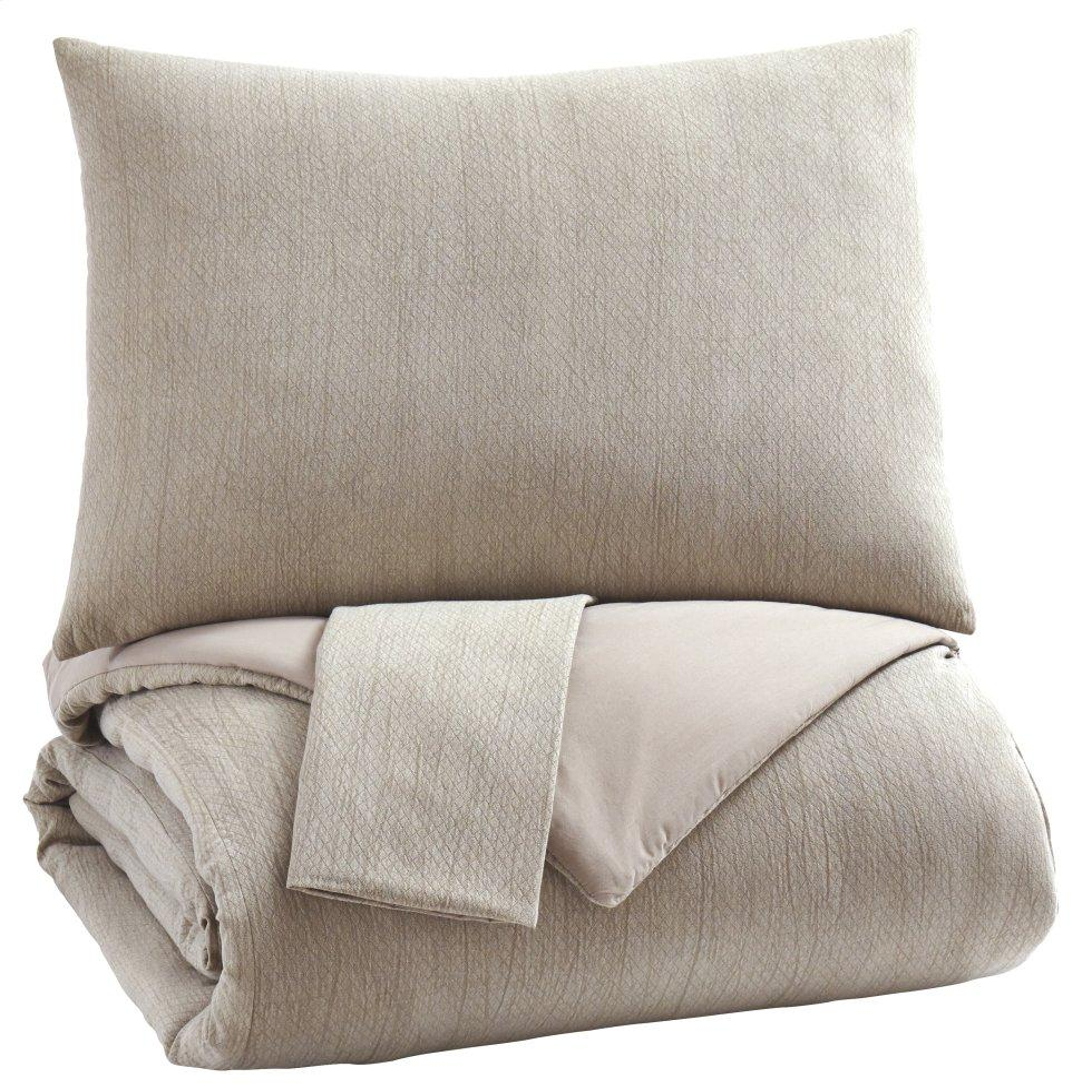 See Details - Mayda 3-piece King Comforter Set