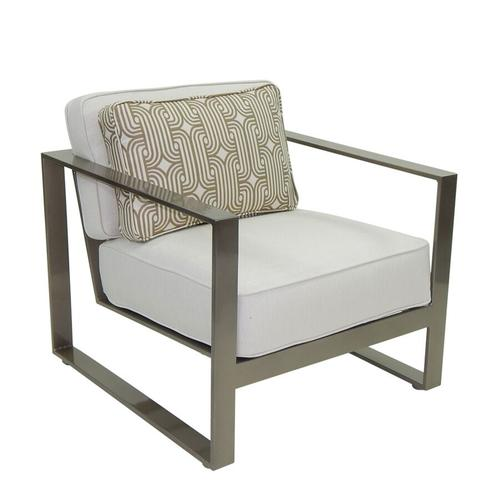 Castelle - Park Place Cushioned Lounge Chair