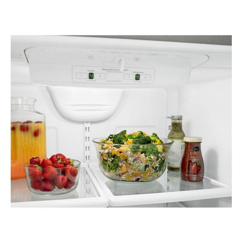 Amana Canada - Amana® 33-inch Wide Amana® Bottom-Freezer Refrigerator with EasyFreezer™ Pull-Out Drawer 22 cu. ft. Capacity