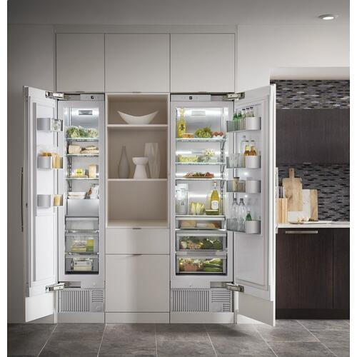 "Monogram 18"" Smart Integrated Column Freezer"
