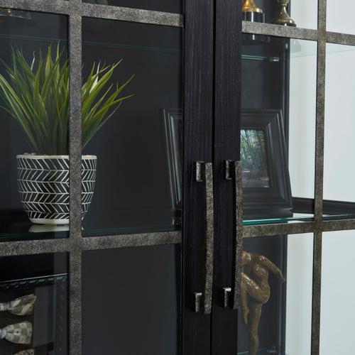 Pulaski Furniture - Two Door Curio