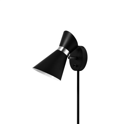 1lt Wall Lamp, Black & Polished Chrome Finish