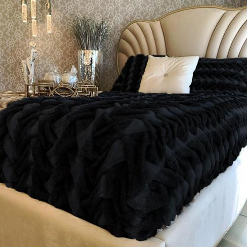 """Soft Heavy Faux Fur Loufie Blanket/Coverlet by Rug Factory Plus - Cal King - 104"""" x 93"""" / Black"""