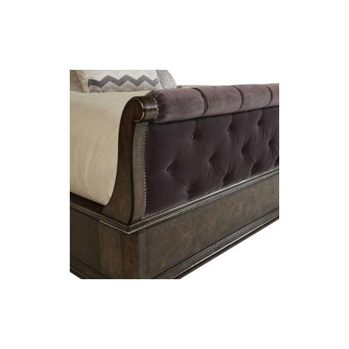 Landmark Upholstered Sleigh King Bed