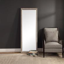 Cacelia Mirror