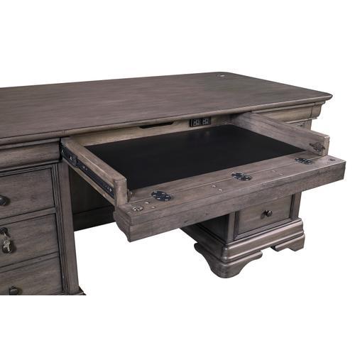 """Aspen Furniture - 68"""" Executive Desk"""