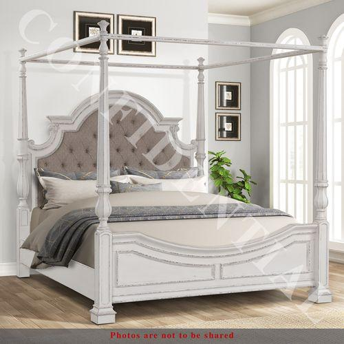 Liberty Furniture Industries - King Canopy Bed