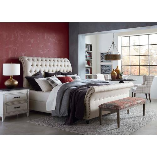 Custom Uph Beds Valencia King Sleigh Bed, Footboard Low, Storage None