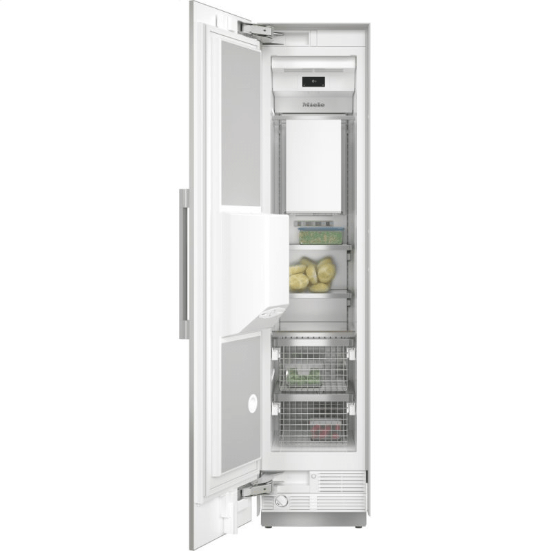 F 2472 SF - MasterCool™ freezer Integrated IceMaker features separate water and ice dispensers.