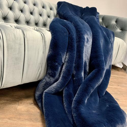 "Luxury Chinchilla Feel Faux Fur Blanket by Rug Factory Plus - Cal King/Eastern King - 104"" x 93"" / Navy"
