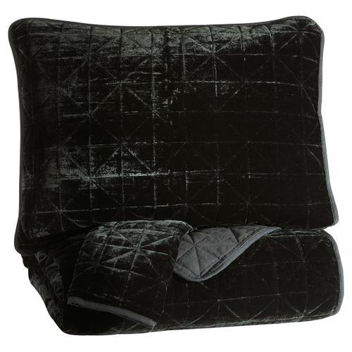 Dairick Queen Quilt Set