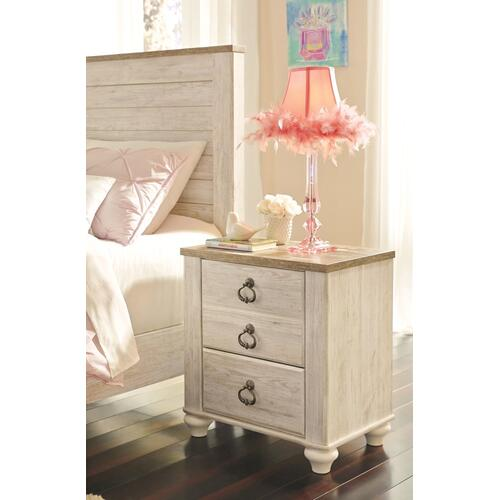 Twin Panel Headboard With Mirrored Dresser, Chest and Nightstand