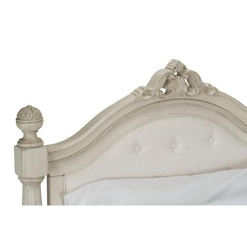 Gallery - Giselle Twin Poster Bed