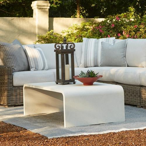 Bassett Furniture - Lacy Rectangular Cocktail Table