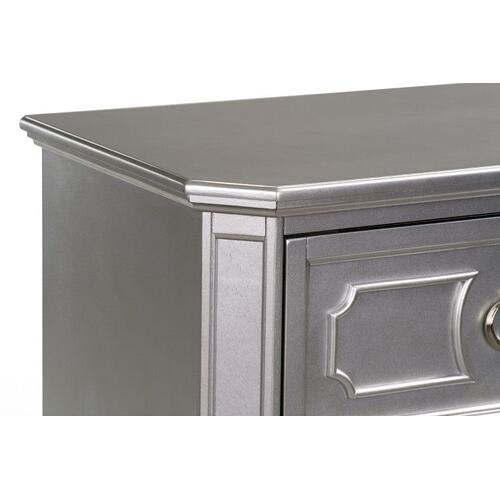 Windsor Nightstand, Silver