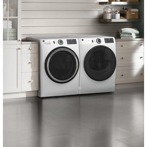 GE® 7.8 cu. ft. Capacity Smart Front Load Gas Dryer