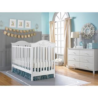 Fisher-Price Charlotte Rose Traditional Crib, Snow White