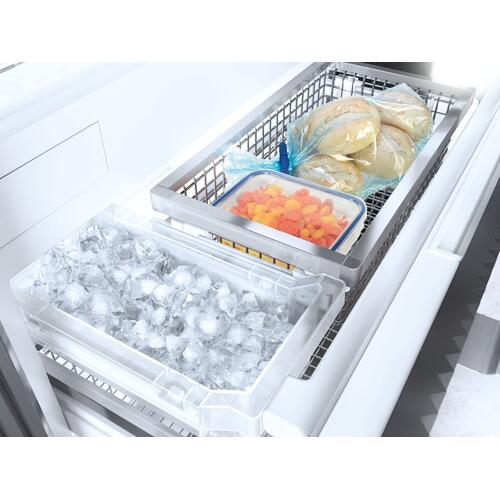 KF 2901 Vi - MasterCool™ fridge-freezer with high-quality features and maximum storage space for exacting demands.