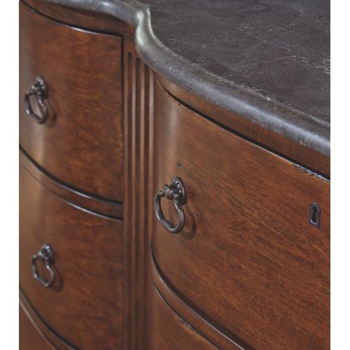 Balinder Dresser