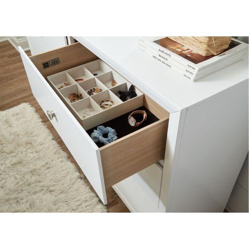 1072 Grant Dresser