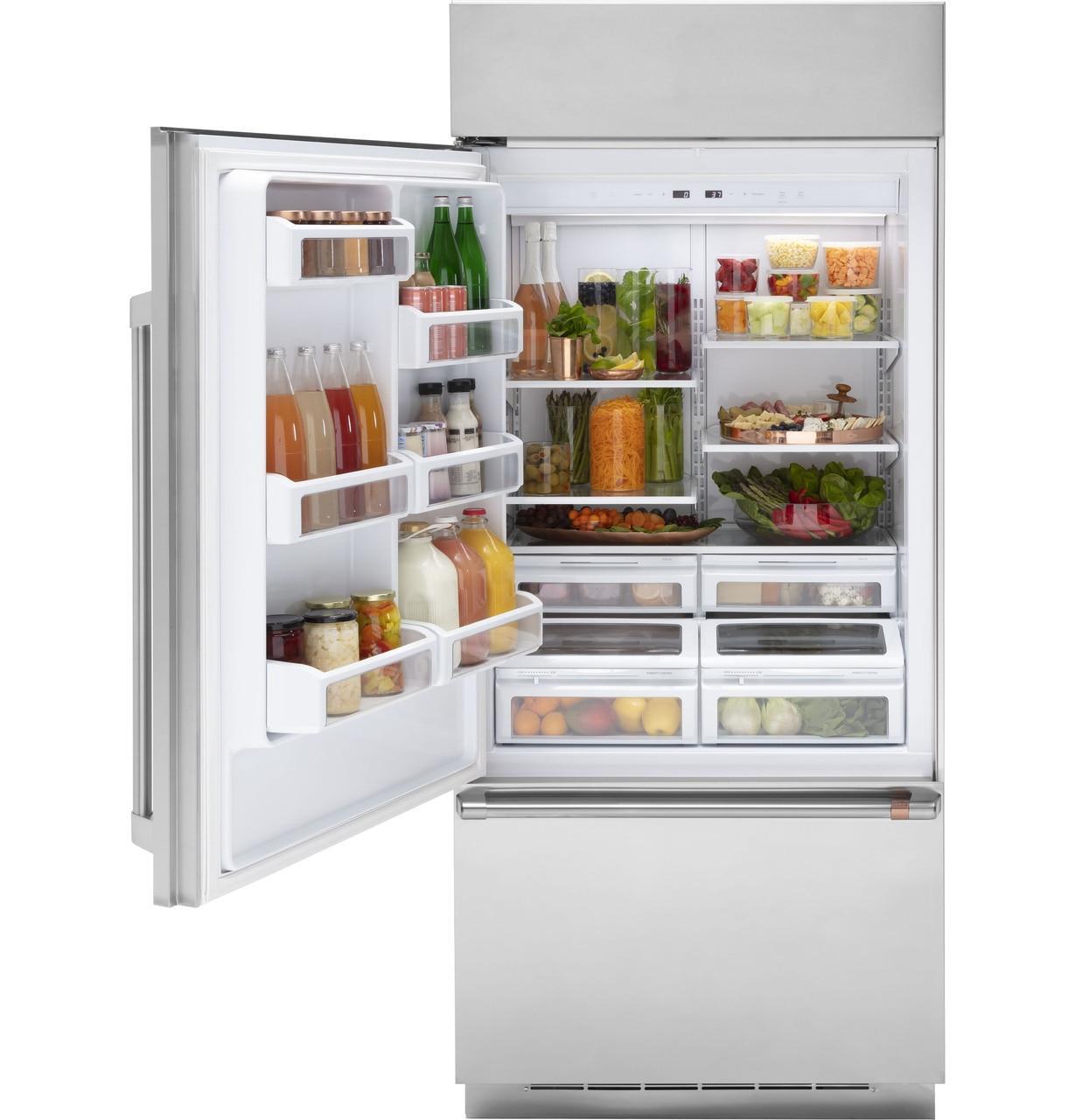 Cafe AppliancesCaf(eback)™ 21.3 Cu. Ft. Built-In Bottom-Freezer Refrigerator