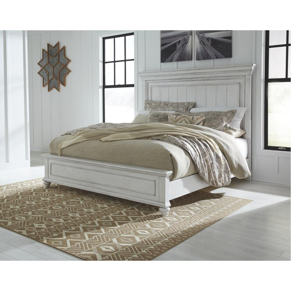 Kanwyn California King Panel Bed