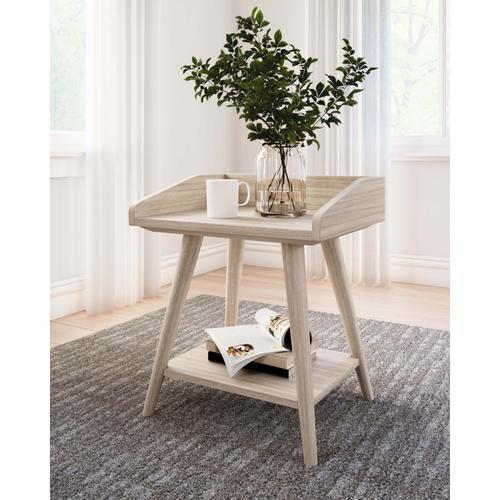 Gallery - Blariden Accent Table