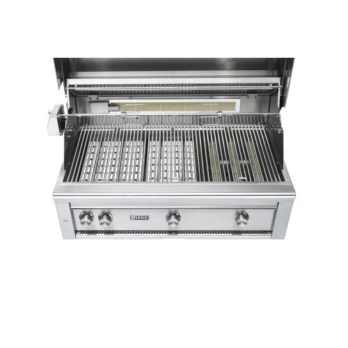 "36"" Lynx Professional Freestanding Grill with 1 Trident and 2 Ceramic Burners and Rotisserie, NG"