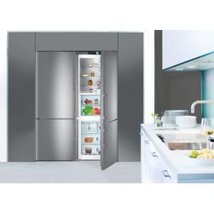 "Liebherr60"" Fridge-freezer with BioFresh and NoFrost Fridge-freezer with BioFresh and NoFrost"