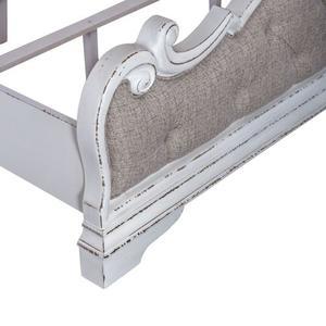 Liberty Furniture Industries - Queen Uph Panel Footboard