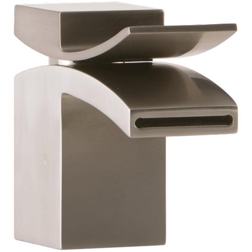 Quarto Lav Faucet Front Flow Brushed Nickel
