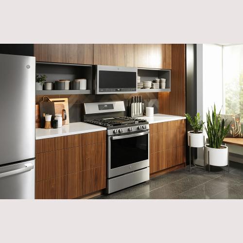 "GE Profile 30"" Freestanding Self-Clean Gas Range Stainless Steel - PCGB935YPFS"