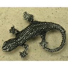 Lizard Knob in Pewter Matte